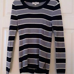 NWT Hippie Rose black & gray sweater size XL